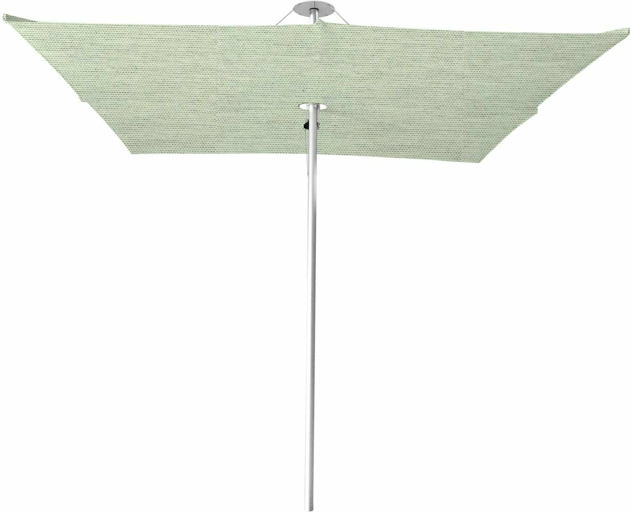 Infina center post umbrella, 3 m square, with frame in Aluminum and Solidum Mint canopy.