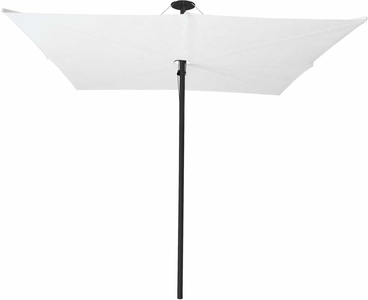 Infina center post umbrella, 2,5 m square, with frame in Dusk and Solidum Natural canopy.